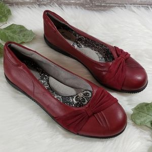 SoftWalk Red Round Toe Flats